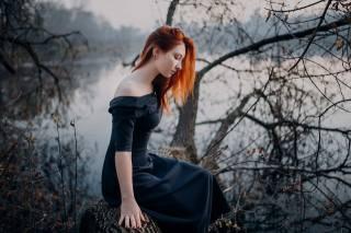 autumn, the lake, girl, in black, red, photographer, евгений сухоруков