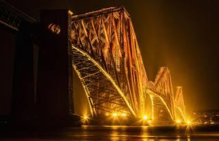 město, most, noc
