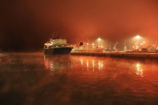 ночь, порт, огни