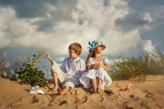 sand, summer, the sky, clouds, nature, children, vegetation, boy, shell, girl, book, Dmitry Usanin