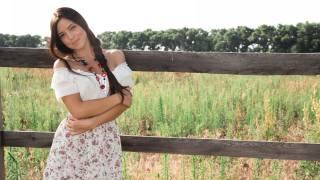 Bree H, holka, model, příroda