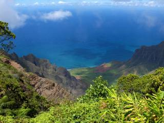 горы, весна, синее море