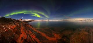море, небо, пейзаж, природа, пролив, дом, камни, берег, звёзды, Полярное сияние, Мурманская область, егор никифоров