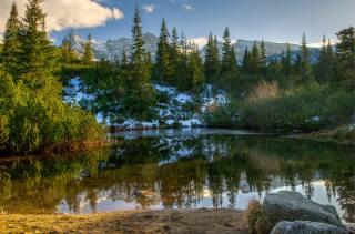 снег, деревья, пейзаж, горы, природа, пруд, камни, ели, польша, татры