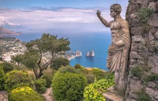 море, облака, пейзаж, природа, скалы, растительность, остров, Италия, Статуя, Капри