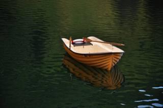 човен, вода