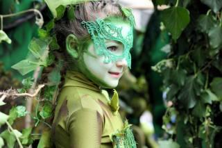лес.девочка, mask, smile