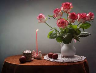 flowers, table, holiday, dove, rose, Candle, EGGS, Easter, pitcher, still life, Cake, candlestick, napkin, figure, eggs, Ковалёва Светлана