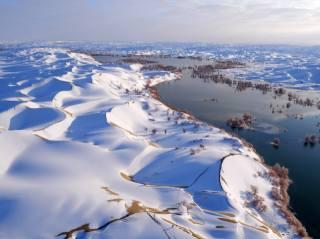 річка, сніг, дюни, Китай