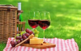 wine, на столе на, фоне природы