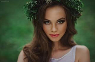 Natalia Muzhetskaya, дівчина, особа, погляд, вінок