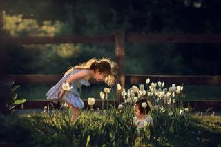flowers, nature, children, girls, game, spring, tulips, Марианна Смолина