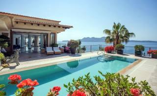 dům a pohodlí, bazén, hory, moře
