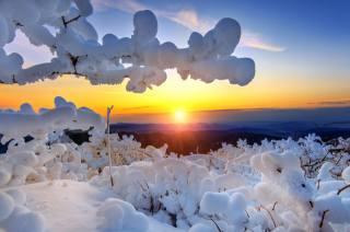 зима, небо, сонце, промені, сніг, дерева, краєвид, гори, гілки, природа, світанок, ранок, Національний парк, Південна Корея, заповідник, Deogyusan