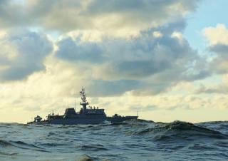sea, wave, тральщик