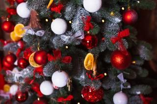 Новый год, шарики, елка, бантик