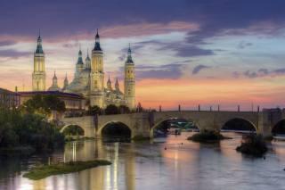 Испания Расзакат, chrám, řeka, most, večer, Zaragoza, Ebro, řeka