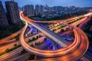 Čína, město, budovy, doma, silnice, mosty, večer, osvětlení