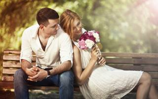 guy, girl, PAIR, lovers, romance, date, bench, bouquet, flowers