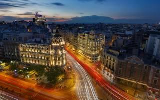 Španělsko, Madrid, město, noc, světla, ulice