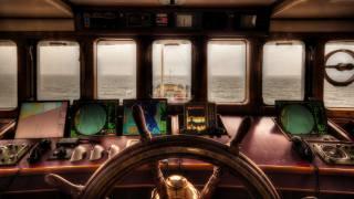 капитанский мостик, штурвал, навигационные приборы