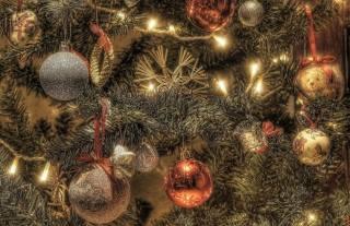 праздник, Новый год, Рождество, ветки, хвоя, ель, елка, Игрушки, лампочки
