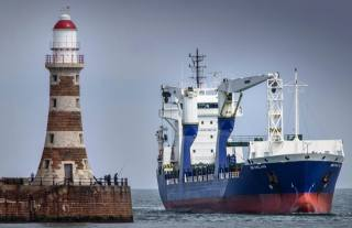 loď, кабелеукладчик, maják