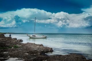 ostrov, loď, moře, nebe