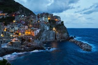 море, краєвид, скеля, вдома, вечір, освітлення, Італія, прибій, селище, Манарола, Манарола, Чінкве-Терре, Чінкве-Терре