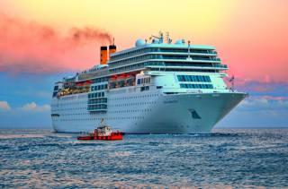 Liner, cruise, sea