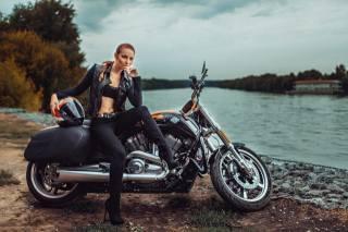 Harley Davidson, motocykl, bike, holka