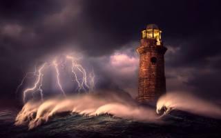 шторм, блискавка, маяк