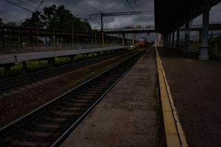 поїзд, перон, рейки, віадук