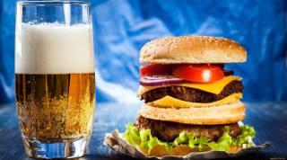 бутерброд, гамбургер, котлета, горнятко, пиво