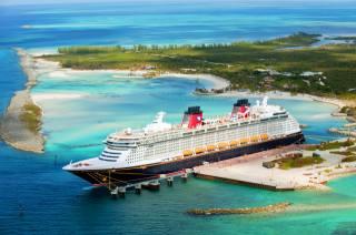Disney Magic, Лайнер, корабель, круїзний лайнер