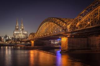 the bridge, Cathedral, Cologne, night