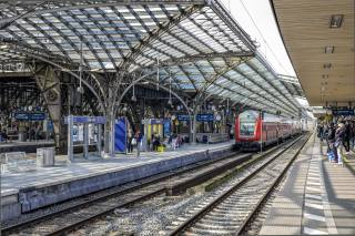 train, station, Cologne, Germany