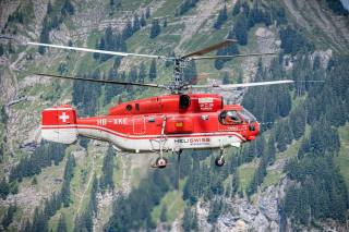 Vrtulník, let, zachránce, Švýcarsko