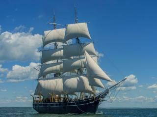 sea, the sky, sailboat
