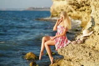 дівчина, скелі, море, літо