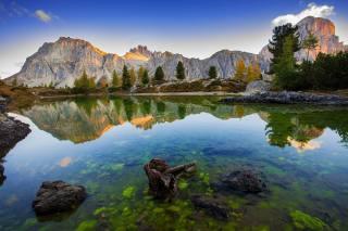 деревья, пейзаж, горы, природа, озеро, отражение, камни, Италия, доломиты