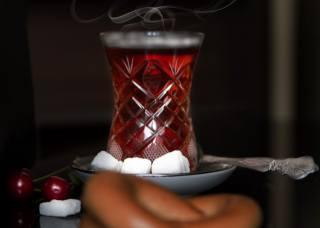 čaj, cukr, bobule